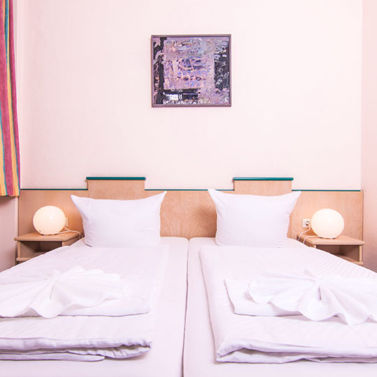Doppelzimmer in Berlin Prenzlauer Berg 540x540 - Doppelzimmer in Berlin Prenzlauer Berg