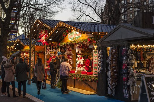 christmas-market-1864241__340.jpg