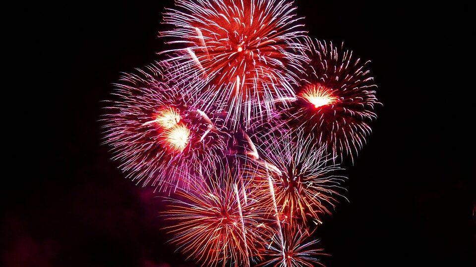 fireworks 1758 960 720 960x540 - Home